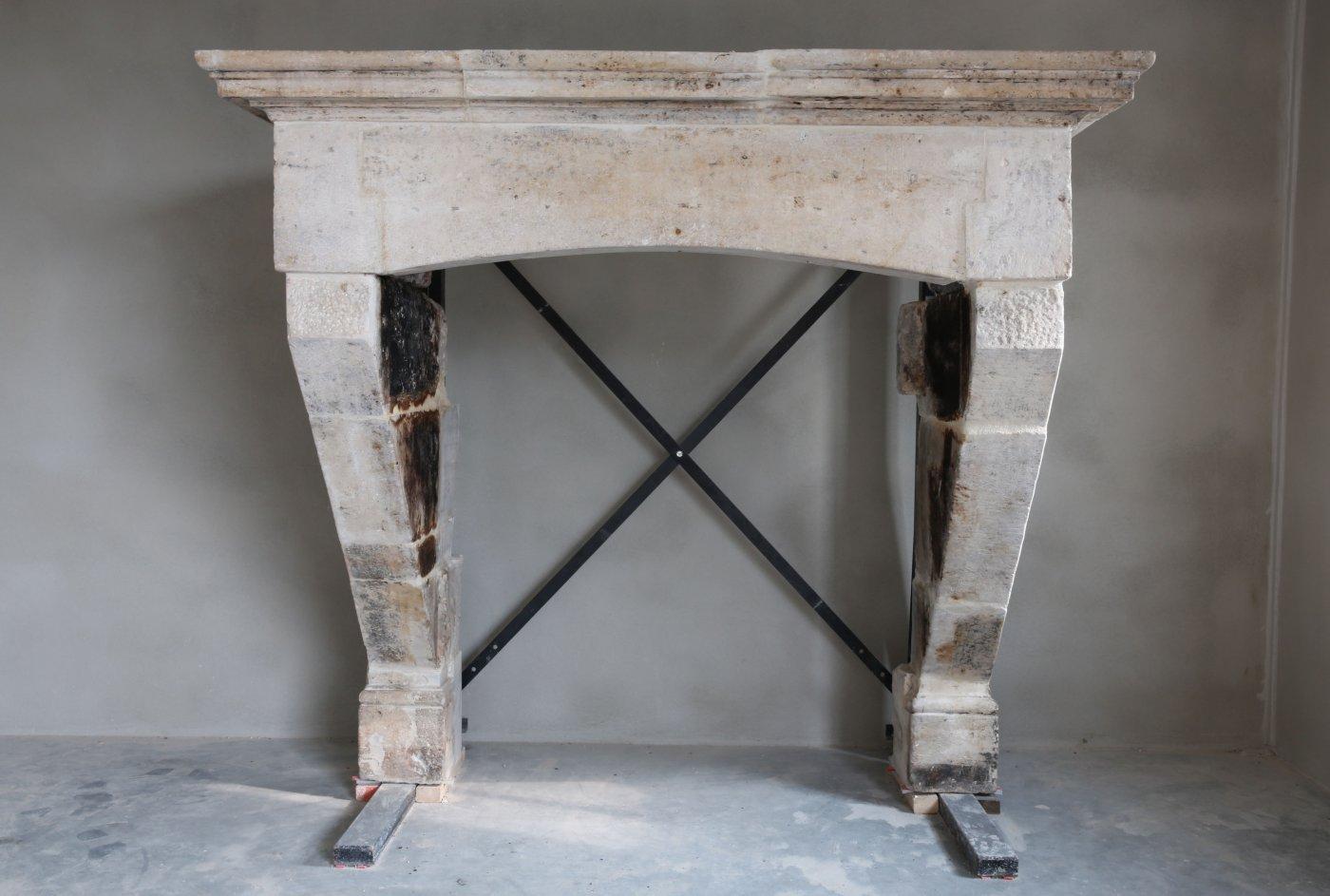 Antique French Castle Fireplace De Opkamer Antique