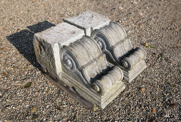 antique set of pilasters