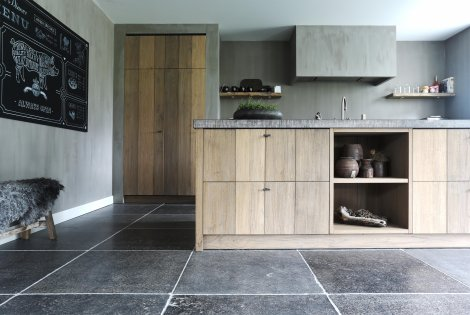 Belgian Bluestone | Stone | Flooring | De Opkamer | Antique floors ...