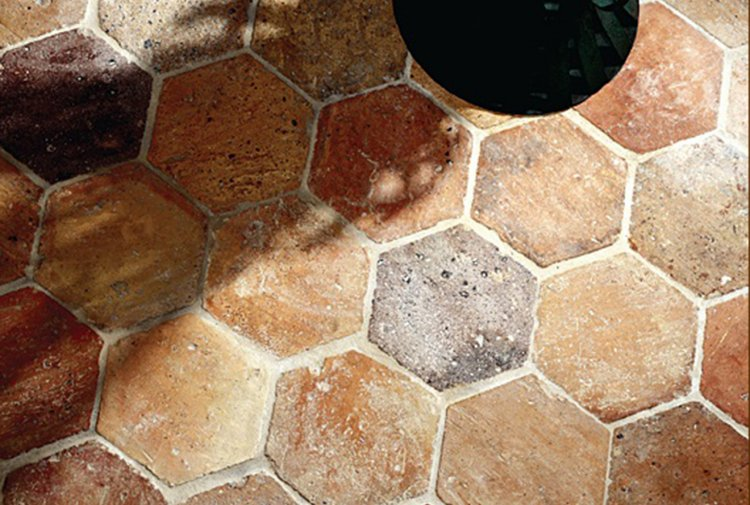 Reclaimed Hexagonal Terracotta
