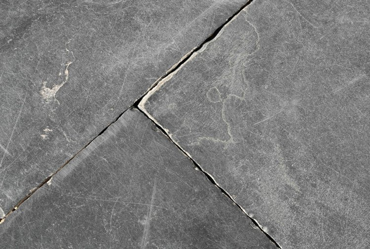 old-black-marble-floor