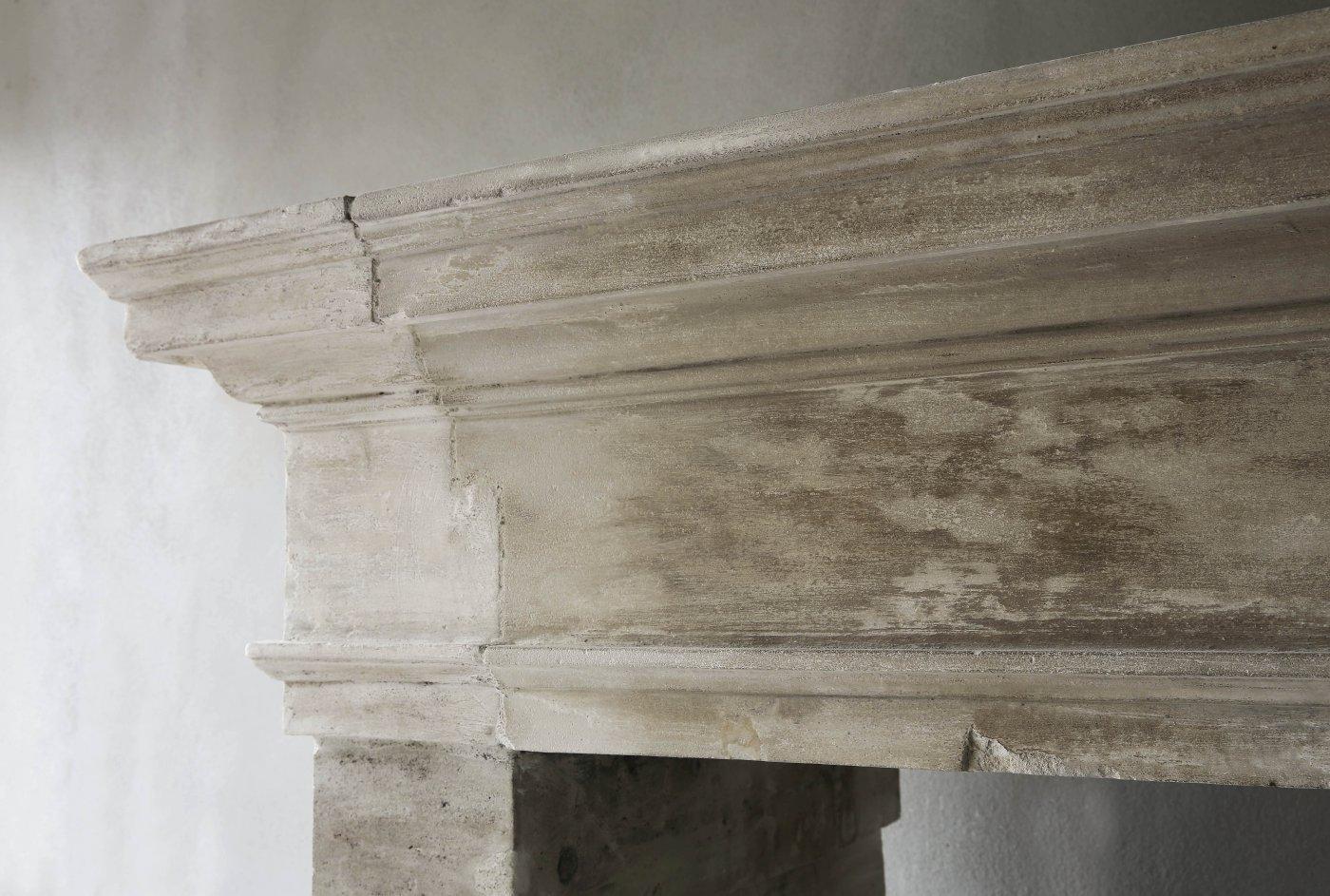 Antique French Limestone Fireplace De Opkamer Antique