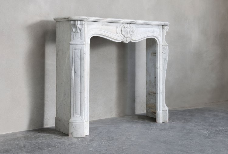 carrara marble chimney
